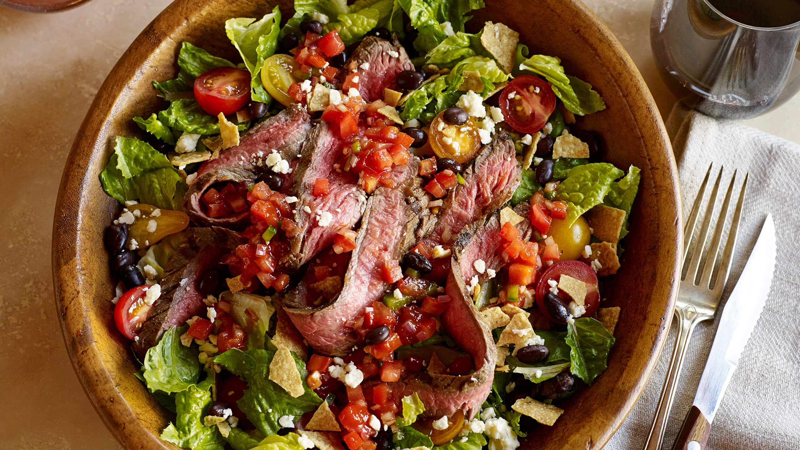 Southwest Sriracha Steak Salad
