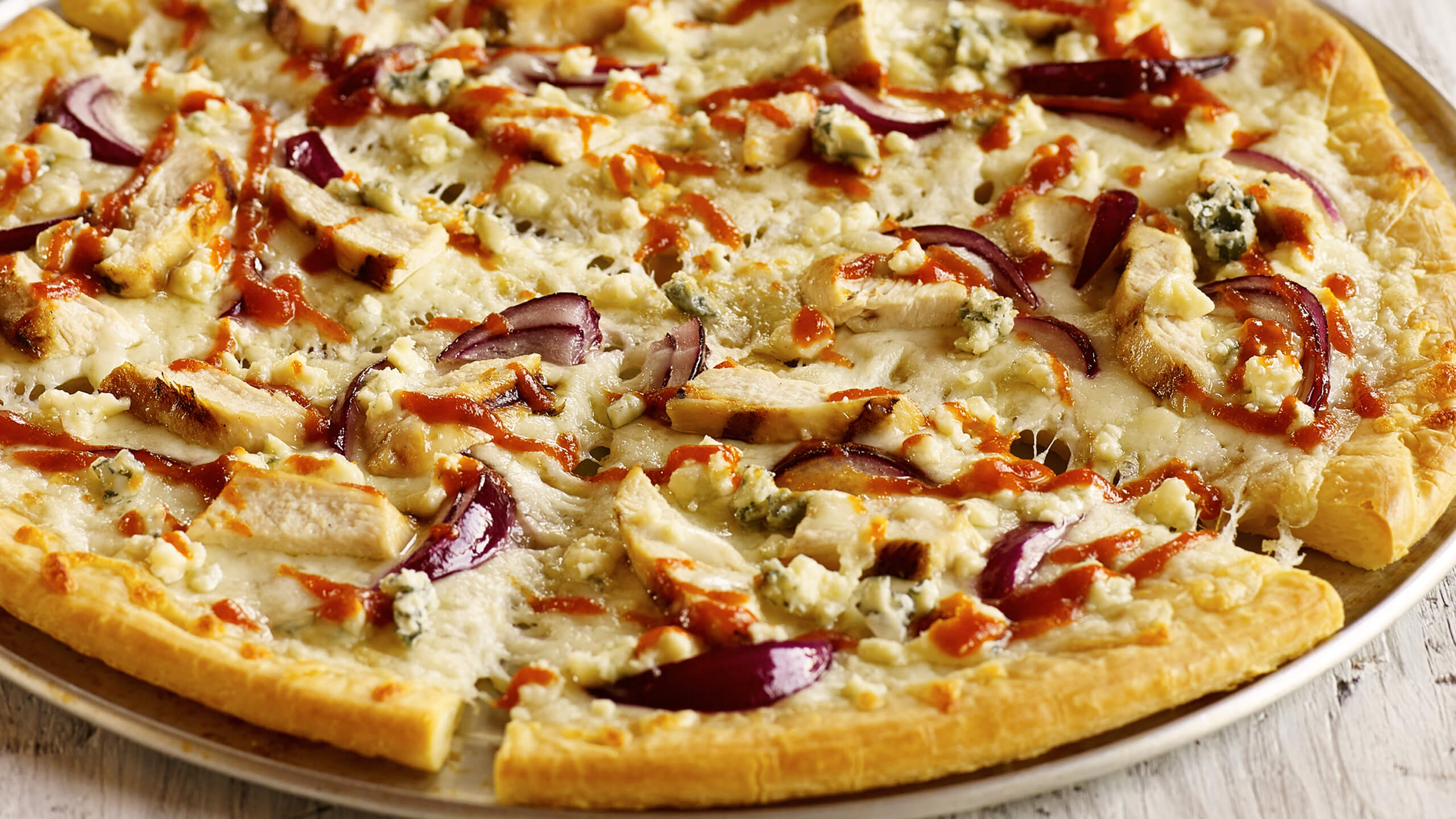 Sriracha Chicken & Blue Cheese Pizza